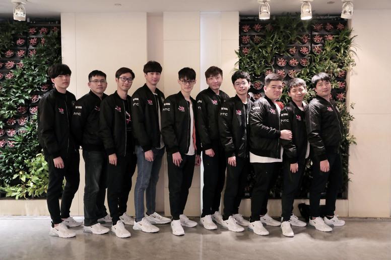 《英雄联盟》中信 J Team 本周六举办世界大赛后首次公开活动 将畅谈世界赛的心路历程